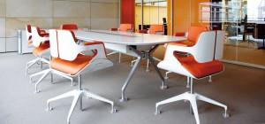 INTERSTUHL mit Stuhl Silver 101S und Konferenztisch Silver